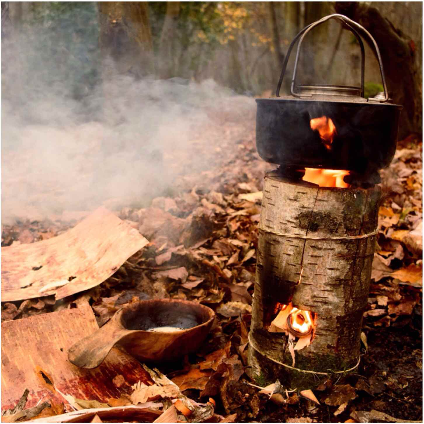 How To…. Build a Damp Wood Log Rocket Stove – Bushcraft Days